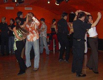 single tanzkurs schwaz fotos aus dem tumbao dance studio